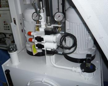 Maintenance_hydraulic_small